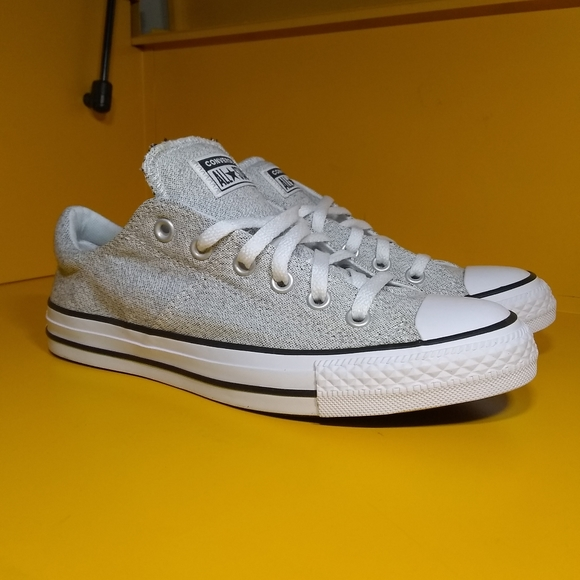 New Converse Chuck Taylor All Star Size